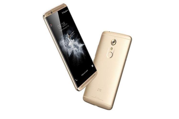 El celular Axon 7, de ZTE, destaca por sus elegantes acabados en metal y por su potencia. (Foto: Hemeroteca PL).