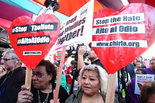 Inmigrantes se manifiestan contra la política migratoria en Washington DC. (EFE).