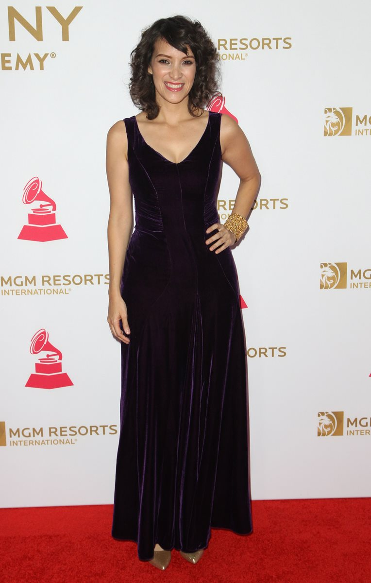 Gaby Moreno ganó el Latin Grammy en el 2003 y ahora participa en la ceremonia previa de los premios. (Foto Prensa Libre: AFP)