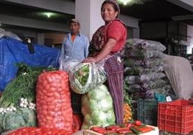 Almolonga abastece con vegetales a varias ciudades de Guatemala y exporta su producción a Centroamérica.