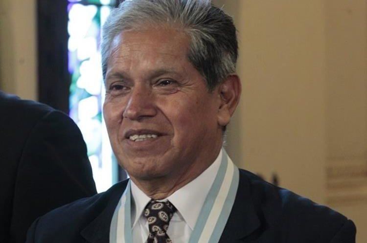 Carlos Fuentes Sánchez galardonado en la Ceremonia.  (Foto por Carlos Hernández)