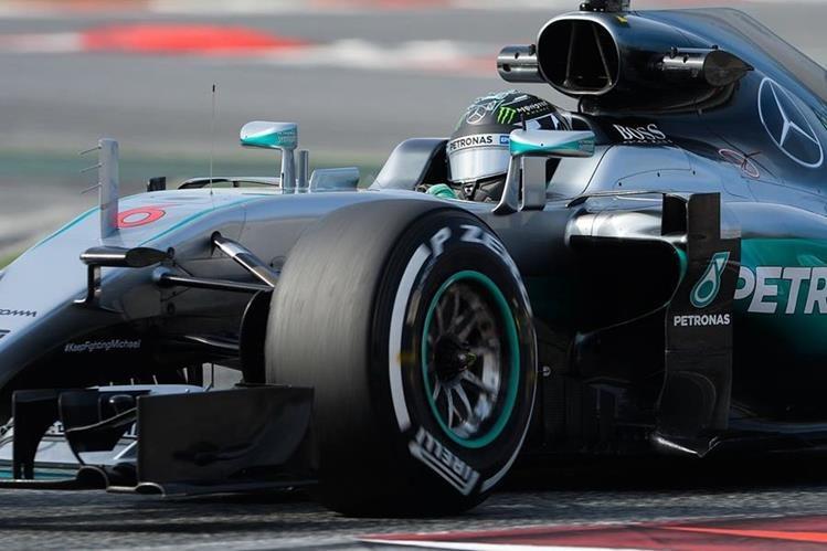 Nico Rosberg dominó los ensayos en Barcelona. (Foto Prensa Libre: EFE)