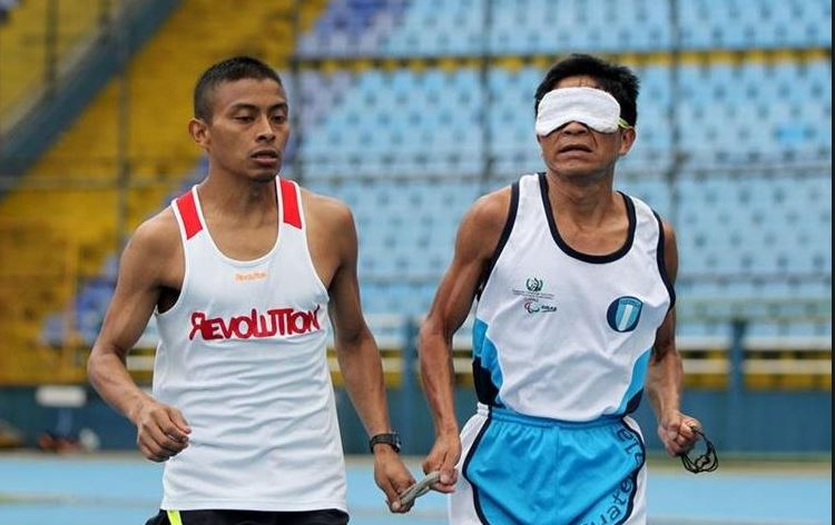Óscar Raxón compitió en Managua junto a su guía Santos Martínez. (Foto Hemeroteca PL).