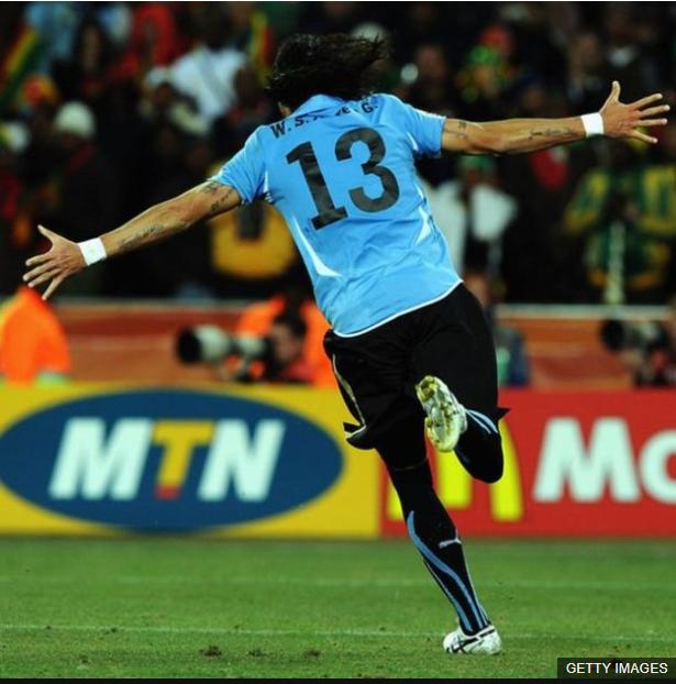 Abreu contó hace unos años que solamente le habían atajado dos veces sus picadas, pero la del mundial entró. (Foto Prensa Libre: BBC Mundo)