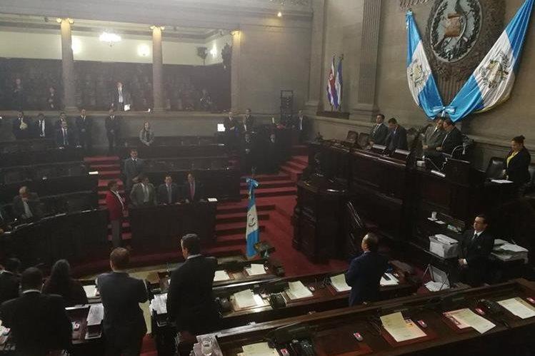 El Congreso comenzó hoy la elección de 15 magistrados titulares para Corte de Apelaciones. (Foto Prensa Libre: Carlos Álvarez)