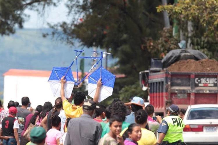 Gran ambiente por parte de los aficionados al ciclismo en Guatemala.