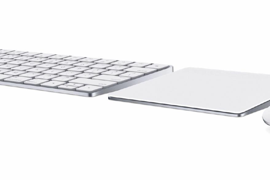 El nuevo teclado, trackpad y ratón se recargan con un cable Lightning. (Foto Prensa Libre: Tomada de Apple).