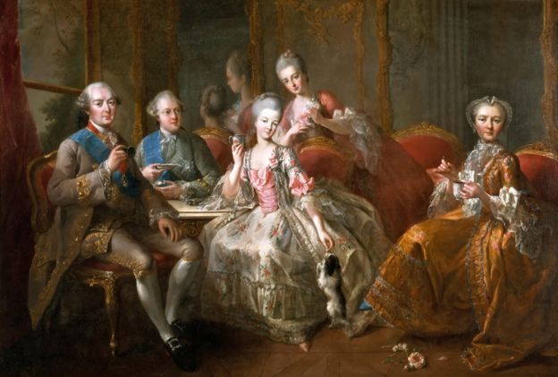 Antes de la caída: el cuadro del Duque de Penthièvre y su familia, pintado por Jean-Baptiste Charpentier, en 1763. ALAMY