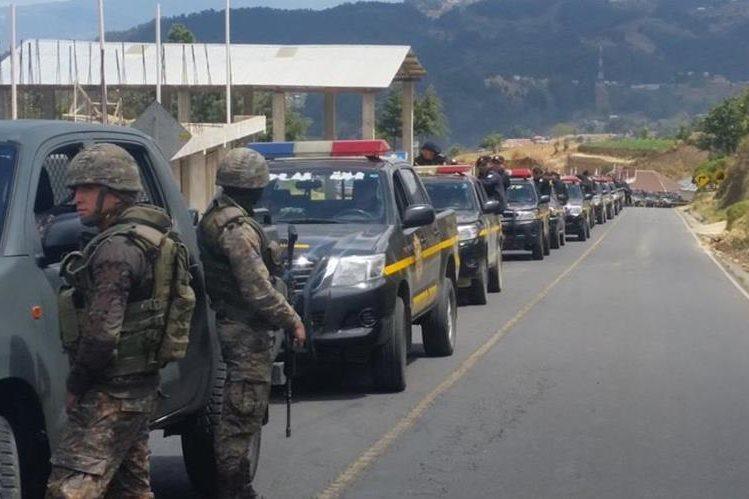 Debido a los enfrentamientos entre vecinos de Tajumulco e Ixchiguán, San Marcos, se decretó el estado de Sitio. (Foto Prensa Libre: Whitmer Barrera)