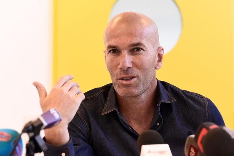 Zinedine Zidane justificó los cuatro empates consecutivos del Real Madrid. (Foto Prensa Libre: AFP).