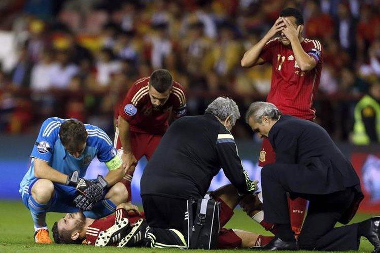 La lesión de Morata parecía ser más grave de lo que finalmente se anunció. (Foto Prensa Libre: EFE)