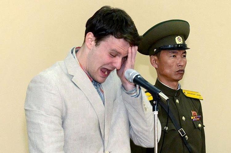 Otto Frederick Warmbier da declaraciones en Pionyang tras su arresto en marzo del 2016.