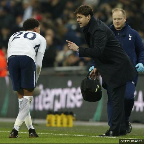 Los jugadores que han estado bajo su mando siempre destacan lo cercano que es como entrenador. (Foto Prensa Libre: BBC Mundo)