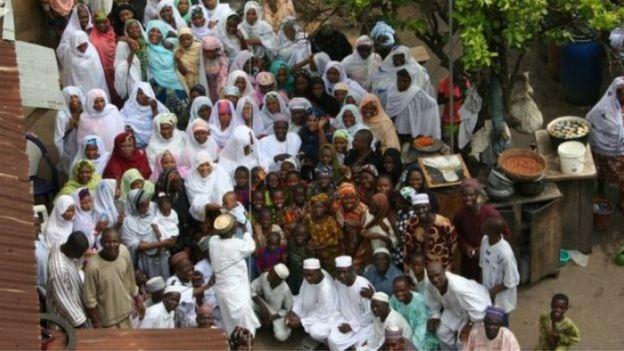 Mohammed Bello Abubakar llegó a tener 86 esposas.