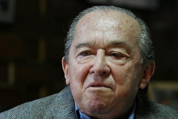 Ricardo Peralta Méndez asumió en 1976 la dirección del Comité de Reconstrucción Nacional. (Foto Prensa Libre: internet)