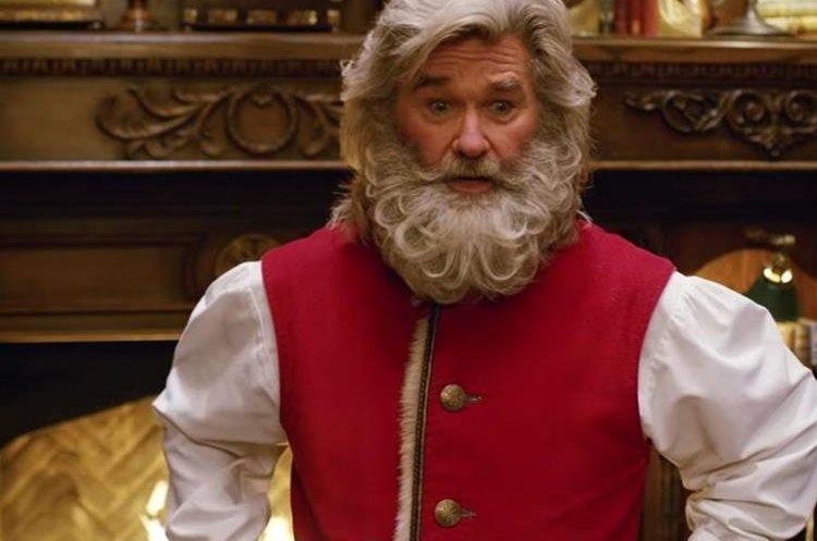 Kurt Russell vuelve, ahora como Papá Noel (Foto Prensa Libre: Netflix).