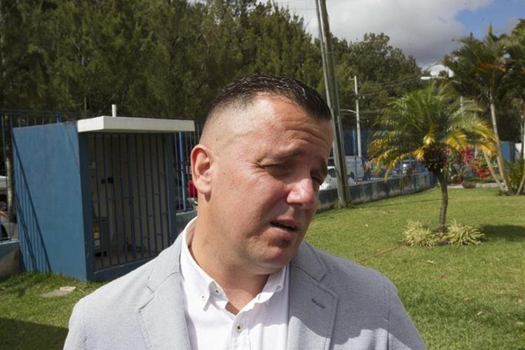 Érick Ovalle, asesor legal de la Asociación de Futbolistas Guatemaltecos (AFG), indica que existen 70 procesos más. (Foto Prensa Libre: Norvin Mendoza)