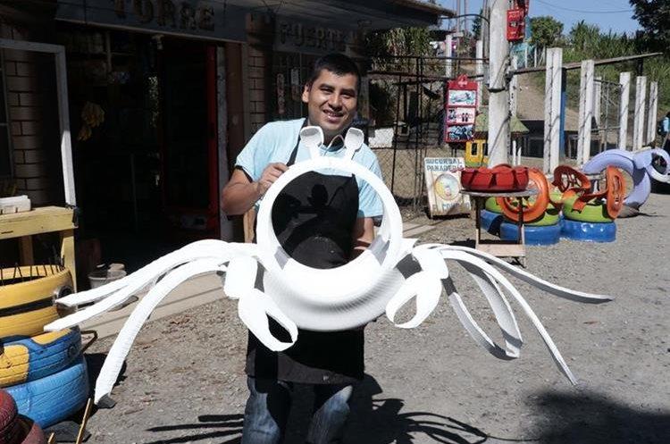 Macz hace diseños según el gusto del cliente. (Foto Prensa Libre: Eduardo Sam).