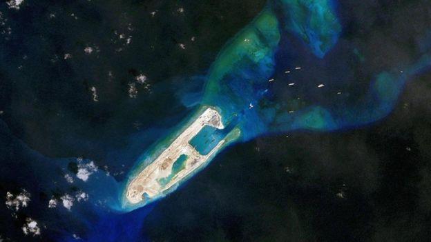 Los esfuerzos de China por crear nueva tierra han creado gran controversia. (GETTY IMAGES)