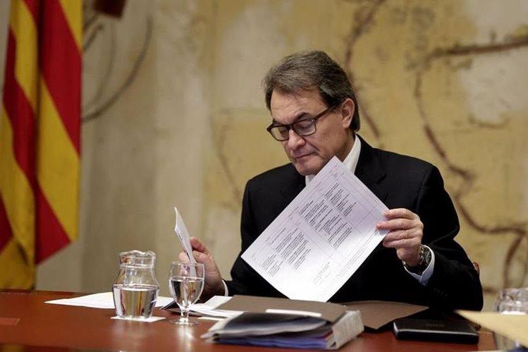 Artur Mas tiene cada vez más lejana la posibilidad de presider de nuevo el gobierno catalán. (Foto: Hemeroteca PL).
