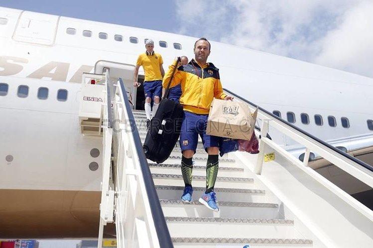 Andrés Iniesta en su llegada a Barcelona. (Foto Prensa Libre: FC Barcelona)