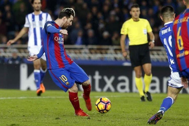Lionel Messi marcó el gol del empate para el FC Barcelona. (Foto Prensa Libre)