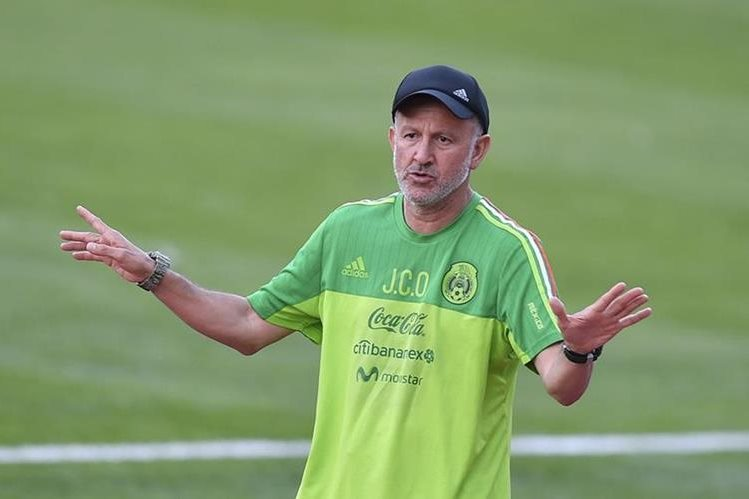 Juan Carlos Osorio está a punto de clasificar a México a la Copa del Mundo de Rusia 2018. (Foto Prensa Libre: Hemeroteca)