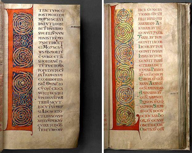 En ocasiones, las mayúsculas -como la E y la L aquí- ocupan toda la página. Decoradas con espirales causan un efecto visual atractivo al contrastarse con el texto vertical de la derecha. BIBLIOTECA NACIONAL DE SUECIA