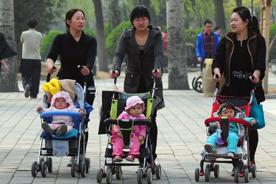 China busca corregir el preocupante desequilibrio entre hombres y mujeres.(Foto Prensa Libre: AFP).
