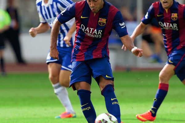 Rafinha espera que su buen desempeño con el Barcelona le permita ser convocado a la Selección de Brasil. (Foto Prensa Libre: Hemeroteca PL)