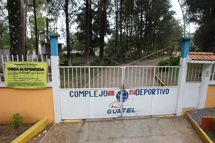 Área en el kilómetro 22, de la ruta al Pacífico, donde se construye una cárcel, cuyos trabajos quedaron suspendidos. (Foto Prensa Libre: Álvaro Interiano)