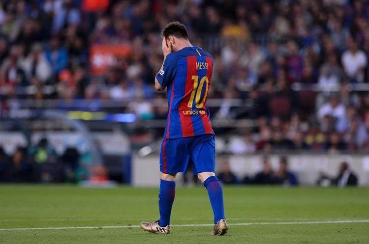 """""""No tenía idea de nada"""", indicó el jugador del Barcelona durante una audiencia. (Foto Prensa Libre: AFP)"""