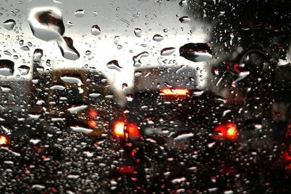 La lluvia incrementará gradualmente en los próximos días señala el Insivumeh. (Foto Prensa Libre: Hemeroteca PL)