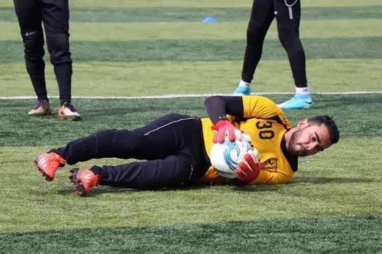 El guardameta Víctor Ayala fue contratado por Deportivo Suchitepéquez para este torneo Apertura. (Foto Prensa Libre: Cristian Soto)