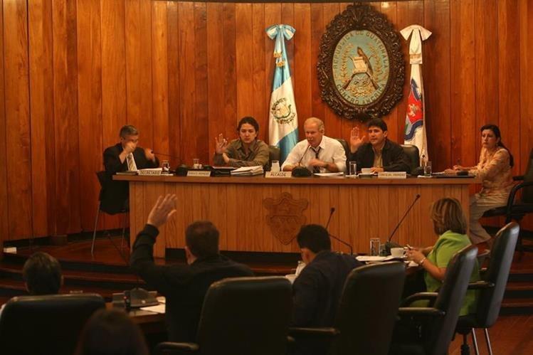 Alcalde Álvaro Arzú no renunciará pese a haber cumplido 70 años. (Foto Prensa Libre: Hemeroteca PL)