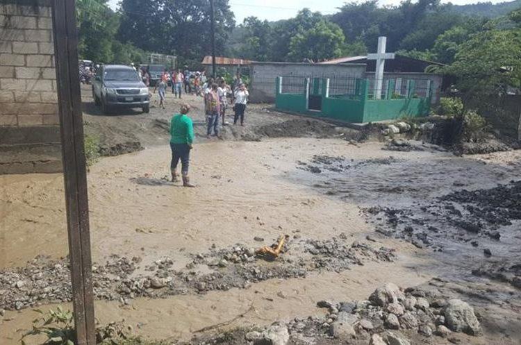 En San Diego, Zacapa, al menos 125 personas resultaron afectadas por las inundaciones. (Foto Prensa Libre: Conred)