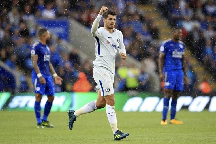 Álvaro Morata sigue demostrando su espíritu goleador en la Premier League. (Foto Prensa Libre: AP)