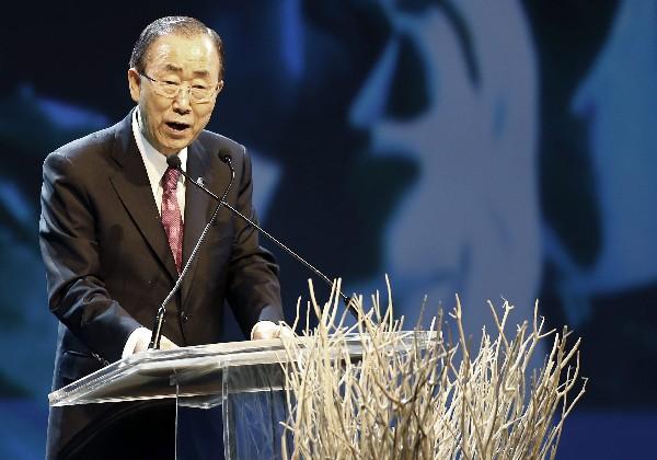 Ban Ki-moon pronuncia su discurso durante la Cumbre Humanitaria de la ONU. (EFE).