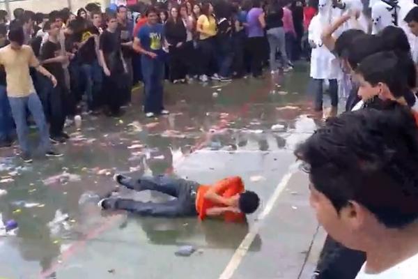La rectoría de la Universidad de San Carlos prohibió los bautizos en sus sedes. (Foto Prensa Libre: Hemeroteca PL)