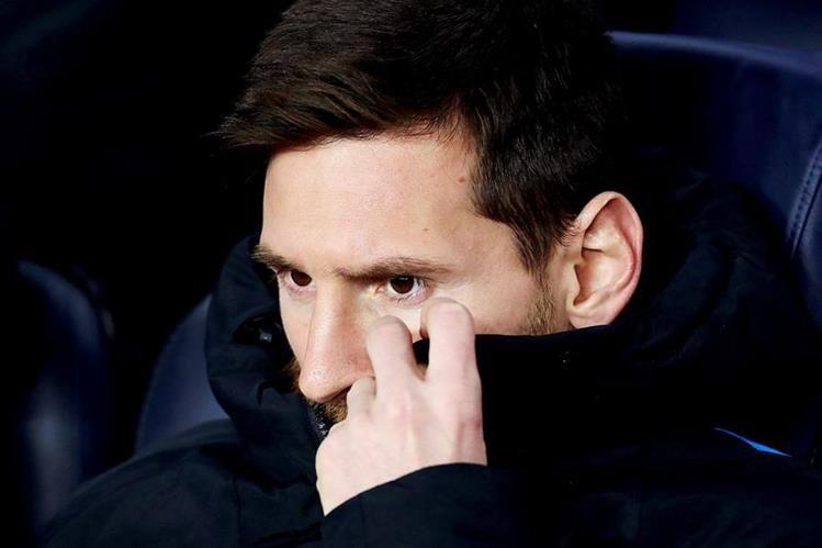 Lionel Messi, es uno de los jugadores que más cariño y criticas recibe de los aficionados a la albiceleste. (Foto Prensa Libre: EFE)
