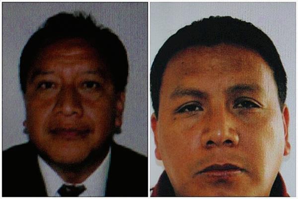 Juan Florencio  Ambrosio y Alberto Domínguez, fiscales del MP de Ixchiguán retenidos  en el caserío La Ventana Vista Hermosa, Tajumulco, san Marcos. (Foto Prensa Libre: Aroldo Marroquín).