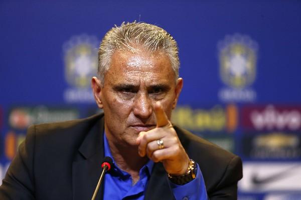 Tite acepta el reto para llevar a Brasil al Mundial y cambiar la imagen. (Foto Prensa Libre: EFE)