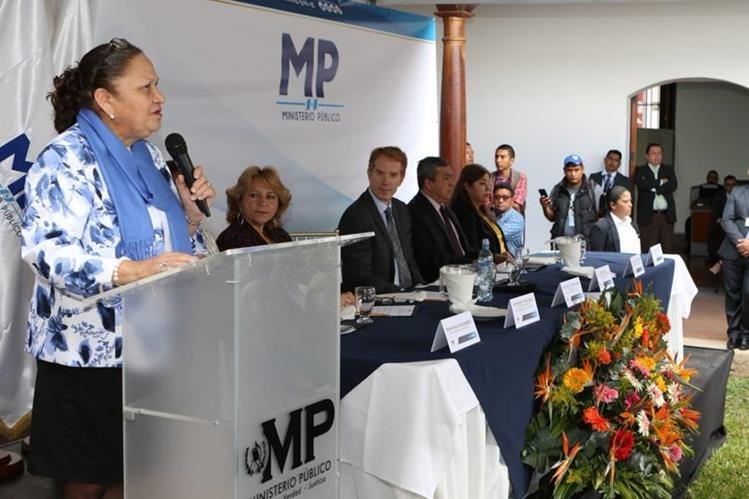 María Consuelo Porras, fiscal General, inicia plan para reducir la mora en cuatro departamentos. (Foto Prensa Libre: MP)