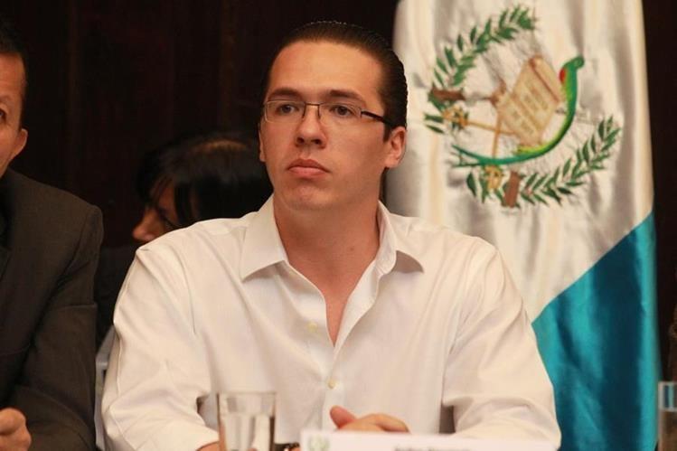 El diputado Felipe Alejos presentó un recurso con el cual logró detener el avance del antejuicio en su contra. (Foto Prensa Libre: Hemeroteca PL)