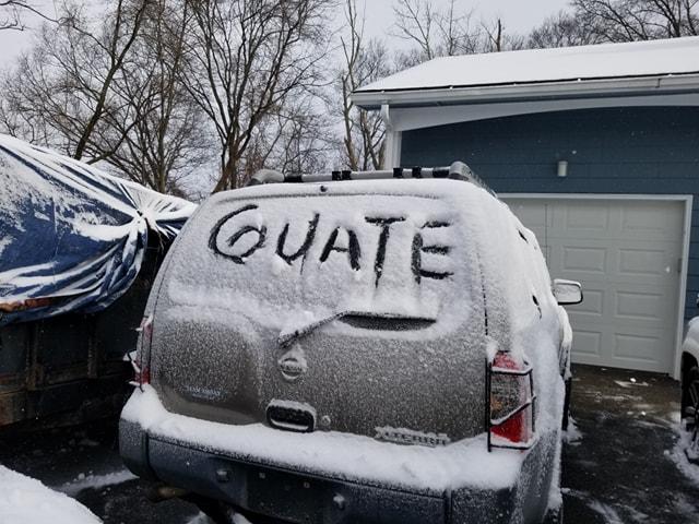 Residente guatemalteco en Rhode Island, Providence, EE.UU. compartió cómo se vive la helada en el lugar. (Foto Prensa Libre: Luis Martínez)