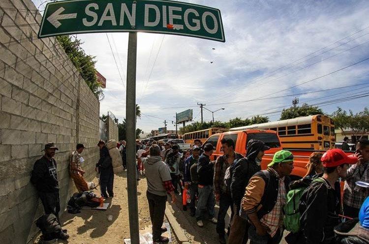 El objetivo de los migrantes es cruzar a San Diego, Estados Unidos.
