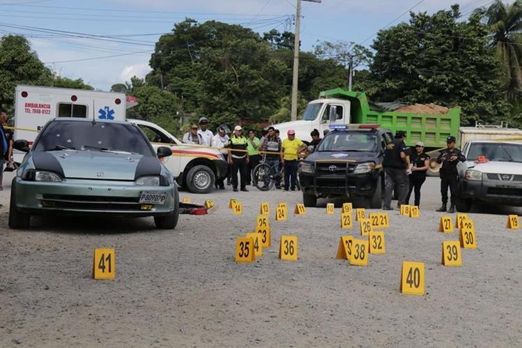 Lugar donde fue ultimado Jorge Luis Javier Beltrán en Puerto Barrios, Izabal. (Foto Prensa Libre).