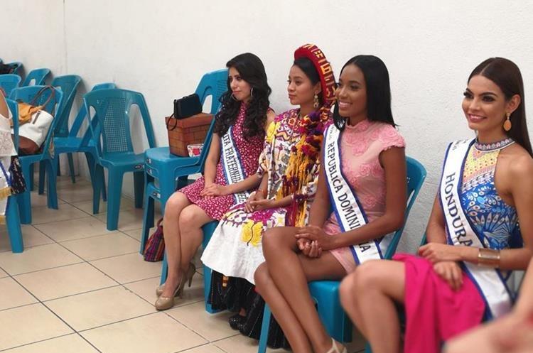 Helen Marisol Batz Quixtan, actual Umial Tinimit Re Xelaju´j No´j, participó en el recibimiento a las candidatas. (Foto Prensa Libre: Óscar Fernando García).