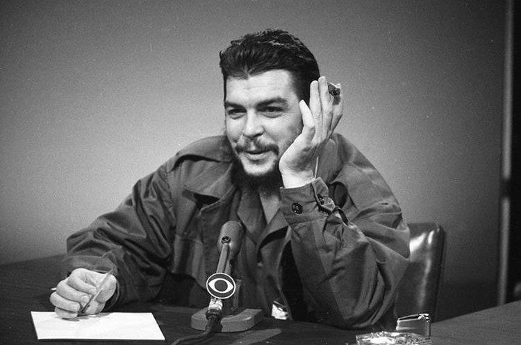 Ernesto Che Guevara en un programa de la CBS en Nueva York en 1964. (Foto: AP)