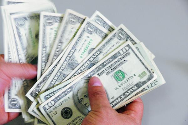 Las divisas provenientes de remesas familiares provienen en un 98% de guatemaltecos radicados en EE. UU. (Foto Prensa Libre: Hemeroteca PL)